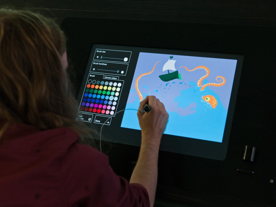 Bloomberg Connects Digital Drawing Bar Tate Modern